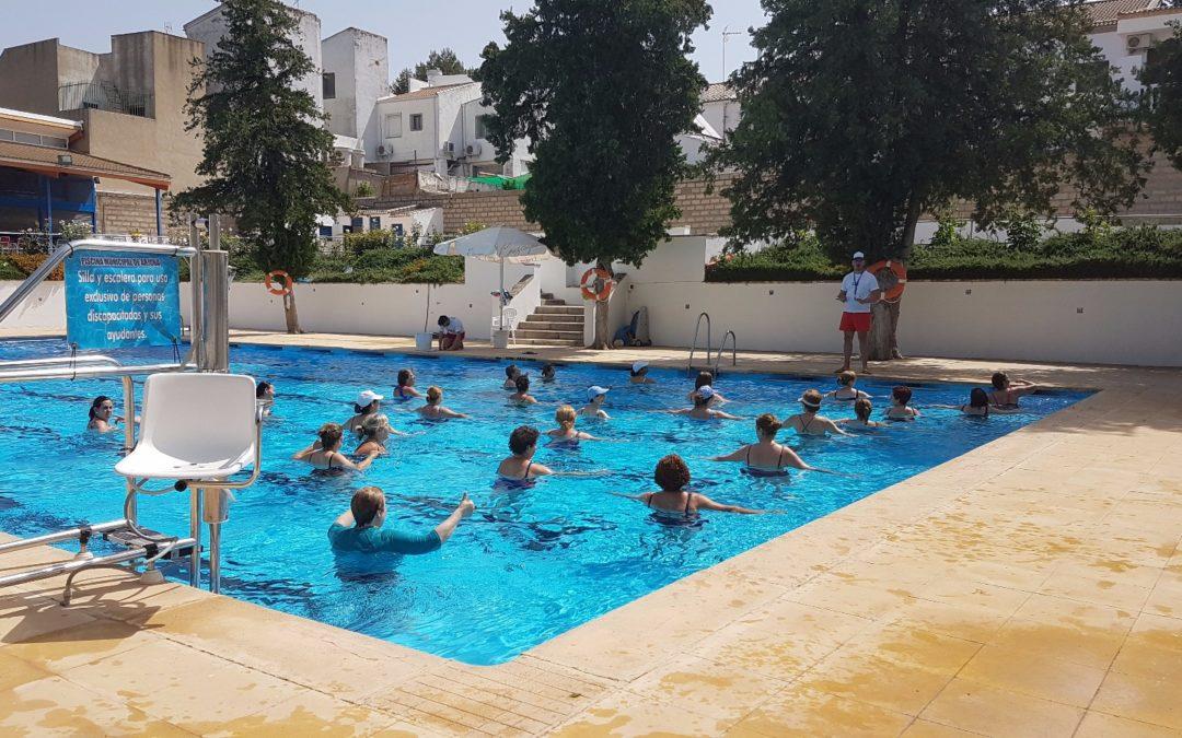 140 arjoneros participan en actividades deportivas acuáticas