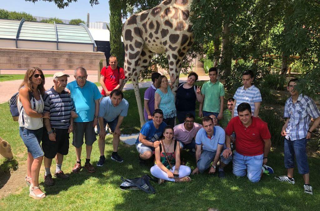 La familia de la residencia Alhucema lleva a cabo una frenética actividad a lo largo del año