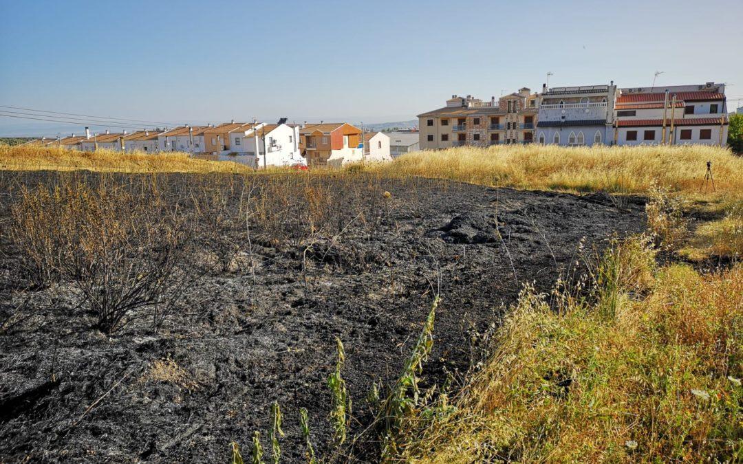 AMPLIACIÓN | Incendio en las inmediaciones de la carretera de subida de Santa Ana