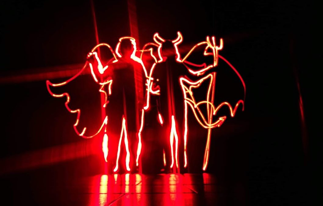 La Casa de la Juventud acoge una sesión de iniciación al lightpainting