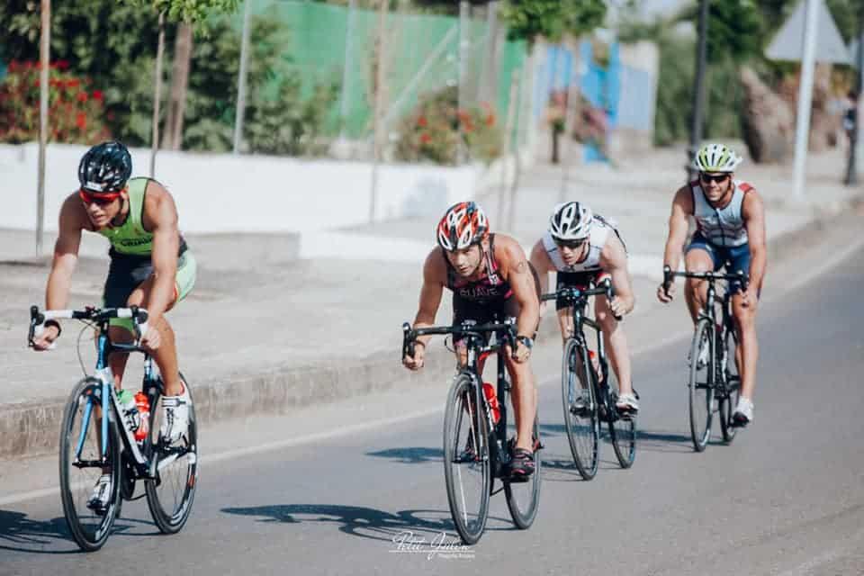 Rubio y Pineda se llevan un triatlón marcado por la buena participación
