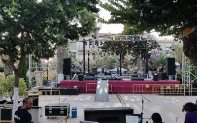El parque General Morales, preparado para acoger el concierto de Celtas Cortos