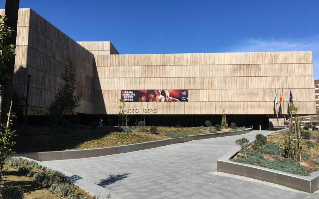 El Museo de Jaén reflexiona sobre el concepto de la eternidad a través de la obra contemporánea de Torregar