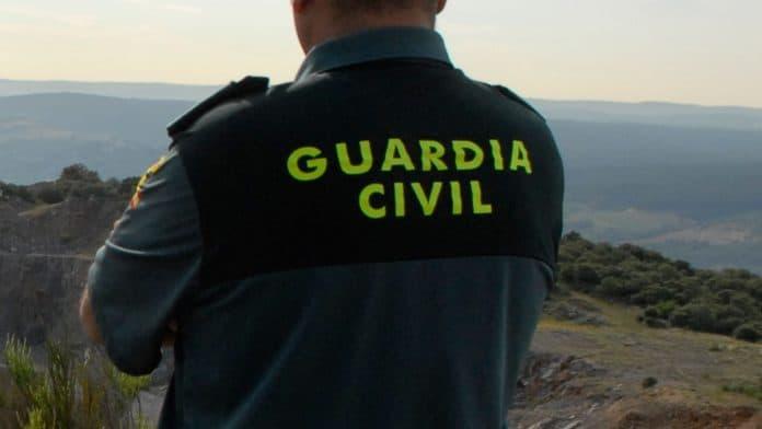 Dos detenidos por el robo en una viña y otros cuatro investigados en Andújar