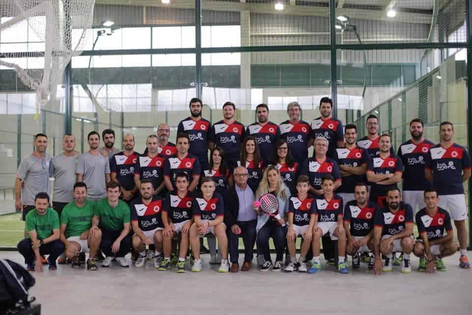 Arjona pádel club presenta a su equipo con un torneo