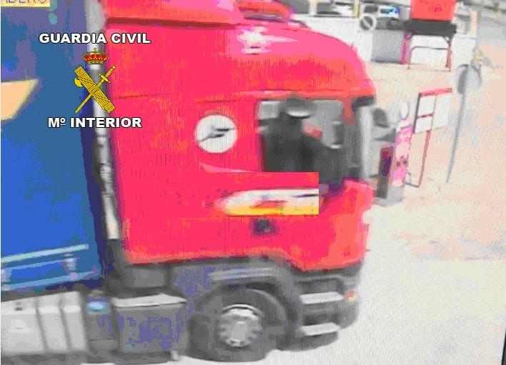 Localizado en Madrid un camión robado en La Carolina