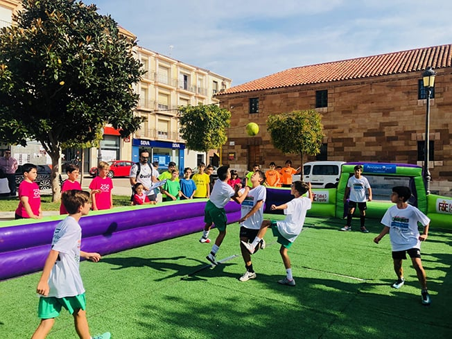 Más de 80 niños participan en el II Torneo Infantil A3 España