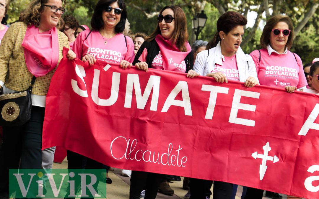 El corazón de Alcaudete se tiñó de rosa