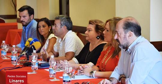 El PSOE de Linares se querella contra Juan Fernández por apropiación indebida
