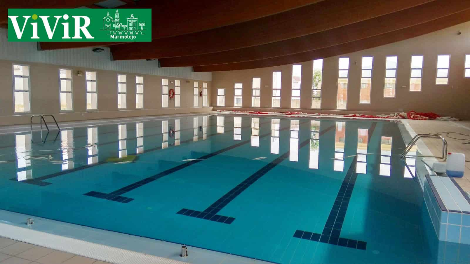 Comienzan las inscripciones para la piscina cubierta vivir jaen - Piscina cubierta linares ...