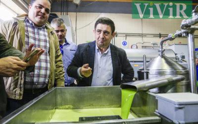 La Cooperativa de Las Casillas presentó el primer aceite ecológico de la campaña