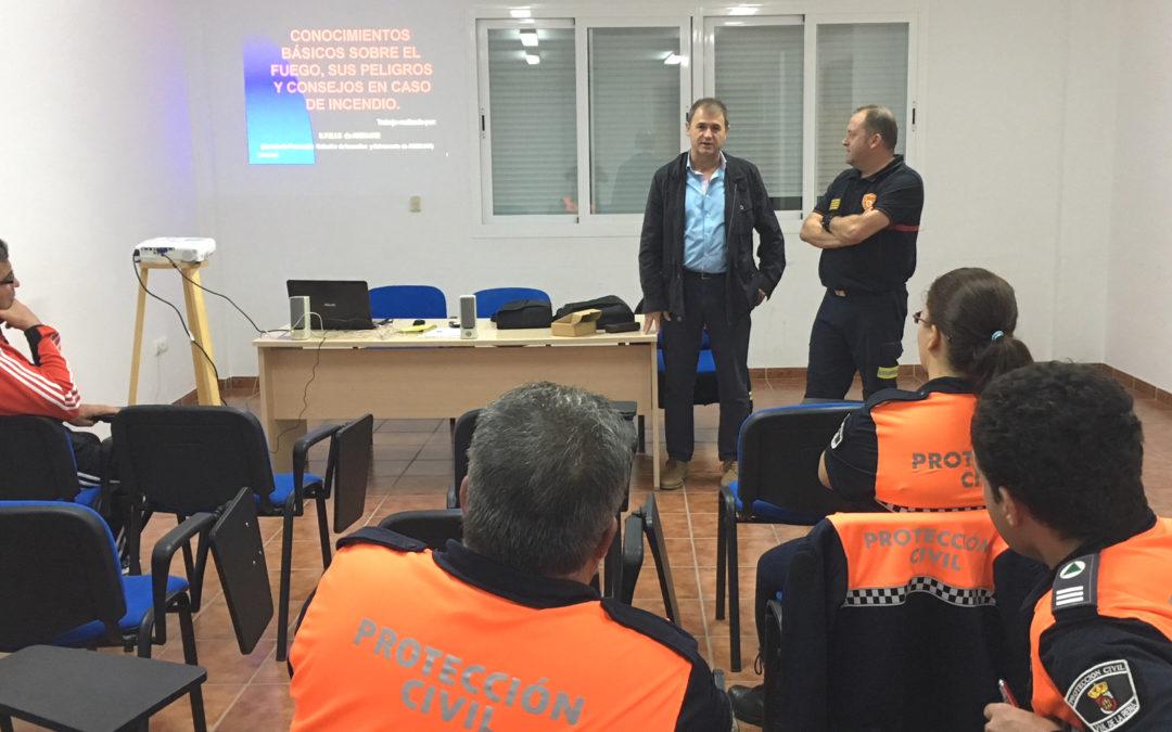 Bomberos Andújar ofrece una charla sobre prevención de incendios