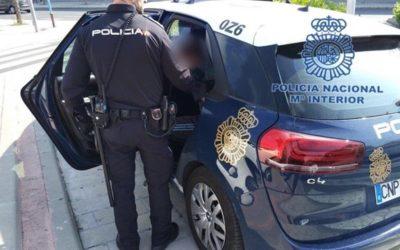 La Unidad de Policía Adscrita detiene a un hombre en Jaén por un delito contra la salud pública