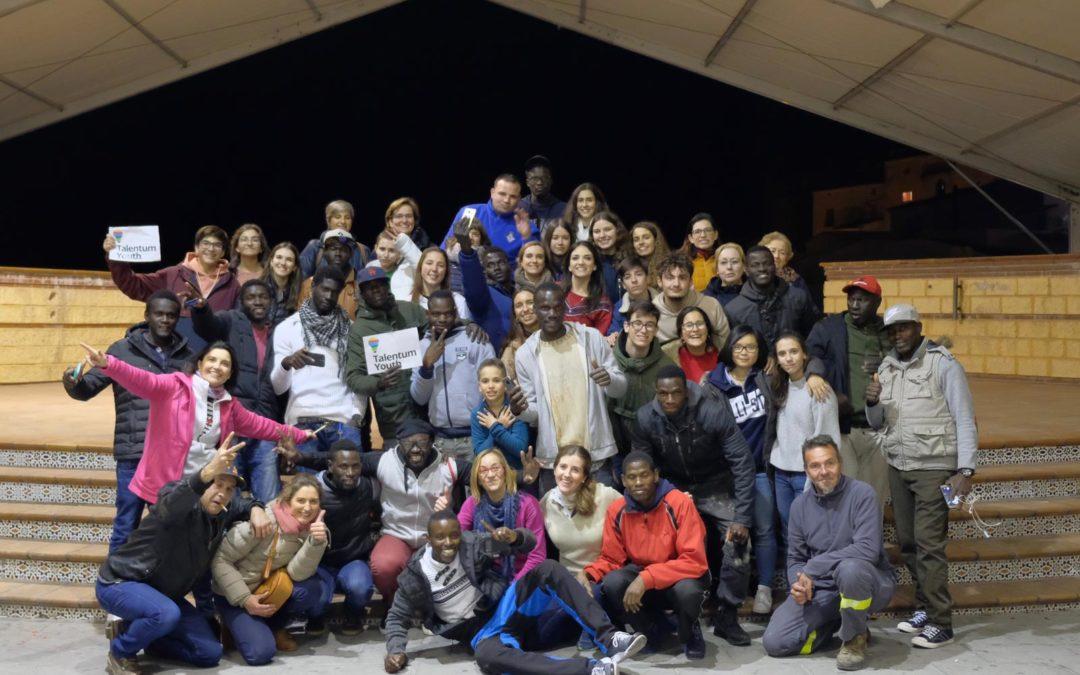 Merienda solidaria en la Carpa Municipal