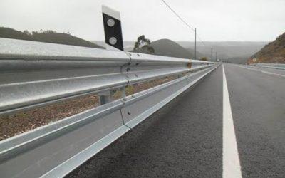 La Junta contrata por 2,4 millones de euros la instalación  de barreras protectoras para motoristas en carreteras de Jaén
