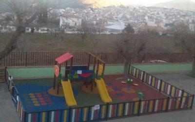 Subasta en beneficio de la zona de juegos del colegio Miguel Hernández