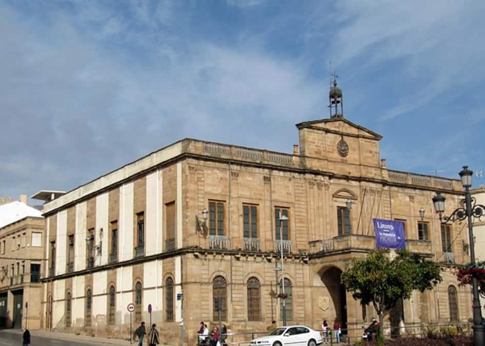 376 personas serán contratadas de forma temporal en el Ayuntamiento de Linares