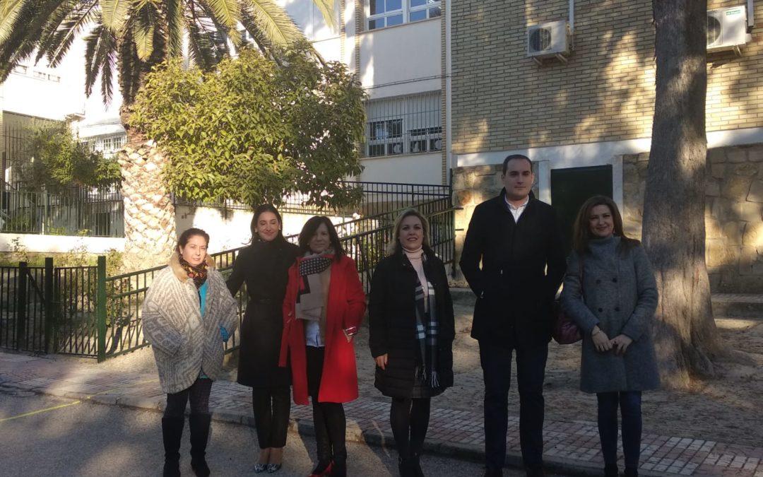 Educación invertirá más de 200.000 euros en la mejora de infraestructuras en los centros educativos de Arjona