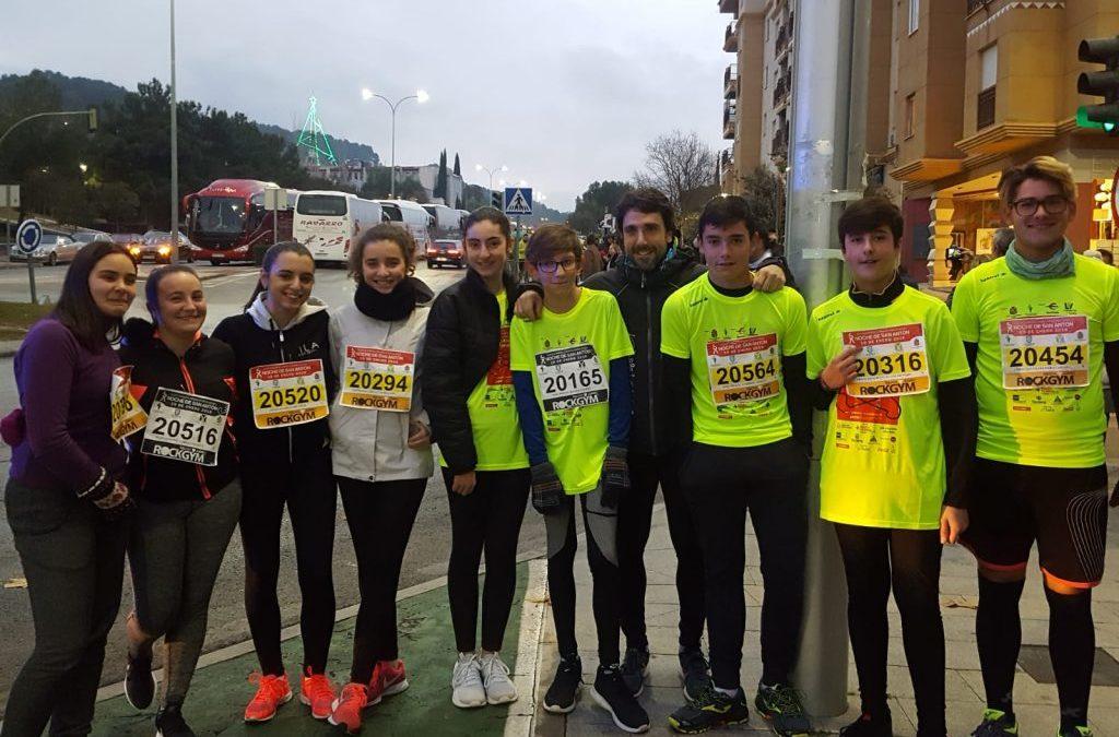 Alumnos del IES Sierra de la Grana de Jamilena participan en la carrera de San Antón