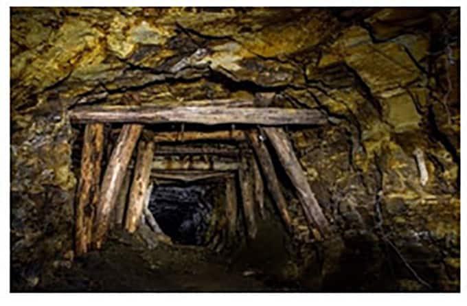 Convenio para la redacción del proyecto y estudio geotécnico para  la obra de conexión del socavón de La Paloma con el Pozo del Sinapismo