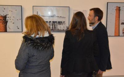 La Asociación de Arquitectos de la ciudad, organiza una exposición sobre arquitectura moderna