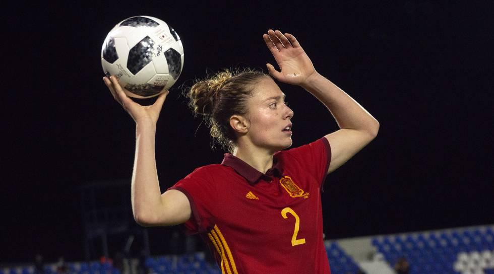 Concentración solidaria de fútbol femenino