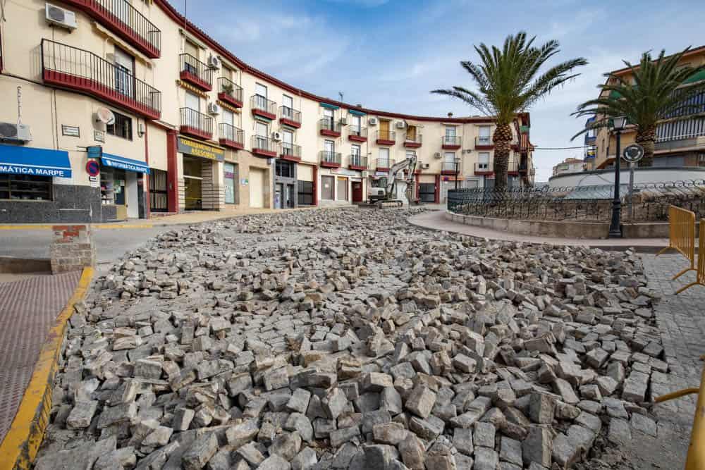 El Ayuntamiento retoma las obras de mejora de la Plaza de la Constitución