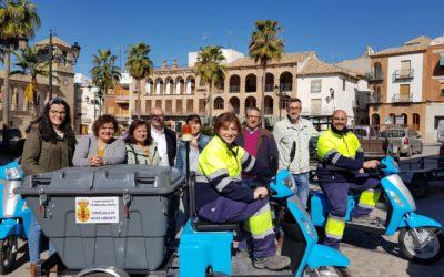 Torredonjimeno adquiere tres carros de limpieza eléctricos para el municipio