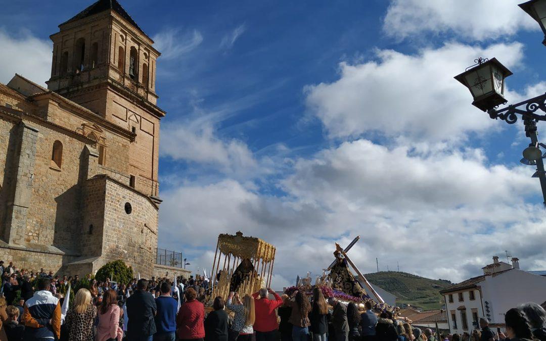 Cuatro cofradías procesionan en la mañana de Viernes Santo en Alcaudete