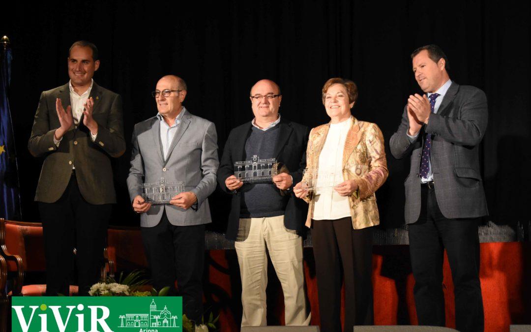 Arjona homenajea a sus alcaldes y concejales democráticos