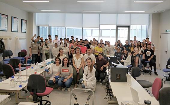 Un total de 1.435 estudiantes de Secundaria ha participado este curso en los Talleres de Ingeniería de la EPS de Linares