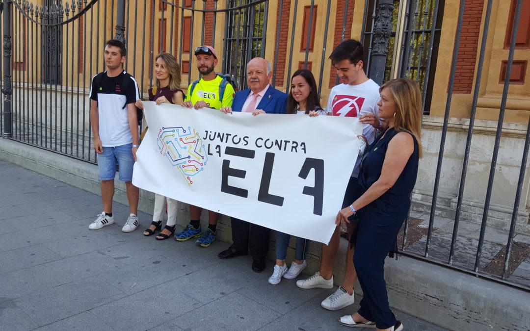Miguel Ángel Palomino emprende el reto de caminar desde Sevilla hasta Jaén para visibilizar la ELA