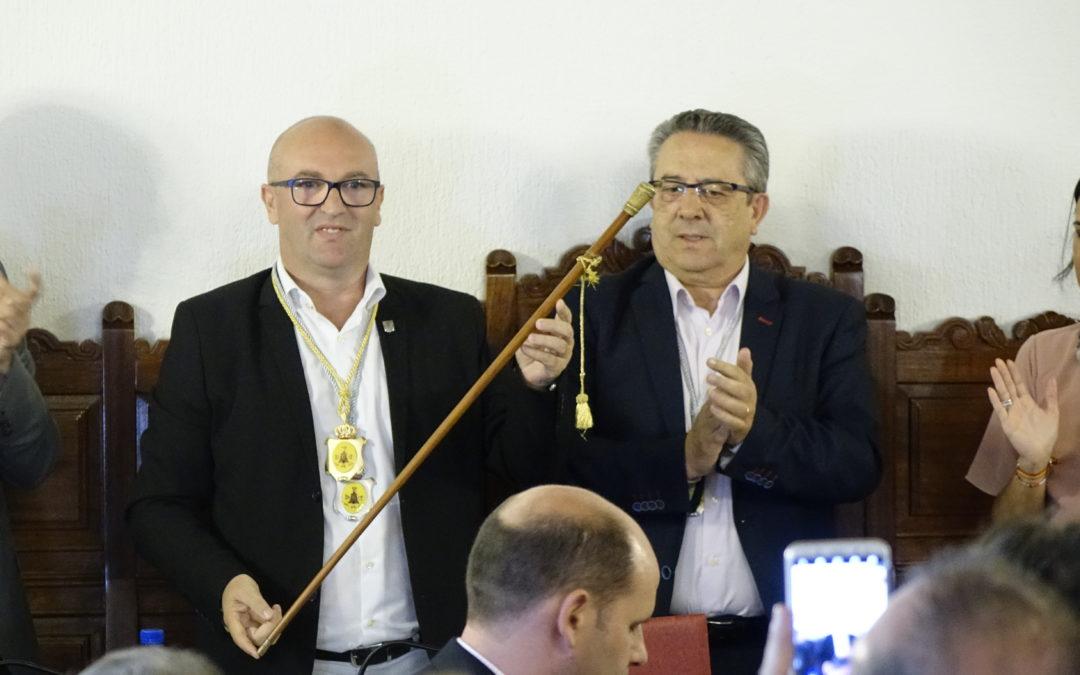 Manuel Anguita toma posesión como alcalde de Torredonjimeno