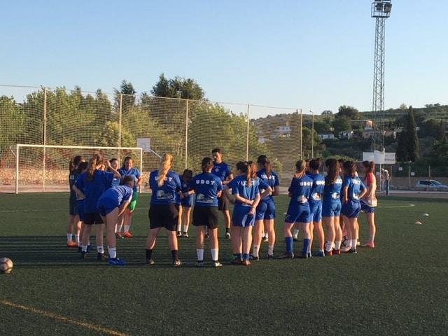 Intenso entrenamiento del equipo femenino de la Unión de cara a la final