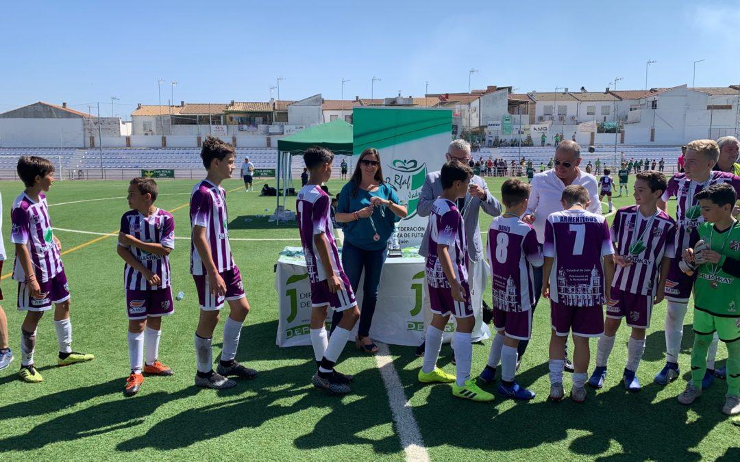 Unos mil aficionados disfrutan en las finales de la Copa Diputación Fútbol 7 y Fútbol 11