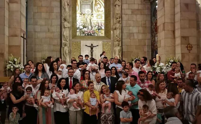 Presentación de los nacidos ante la Patrona