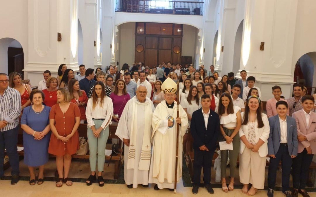24 confirmados por el Obispo de Jaén en la Parroquia de la Divina Pastora