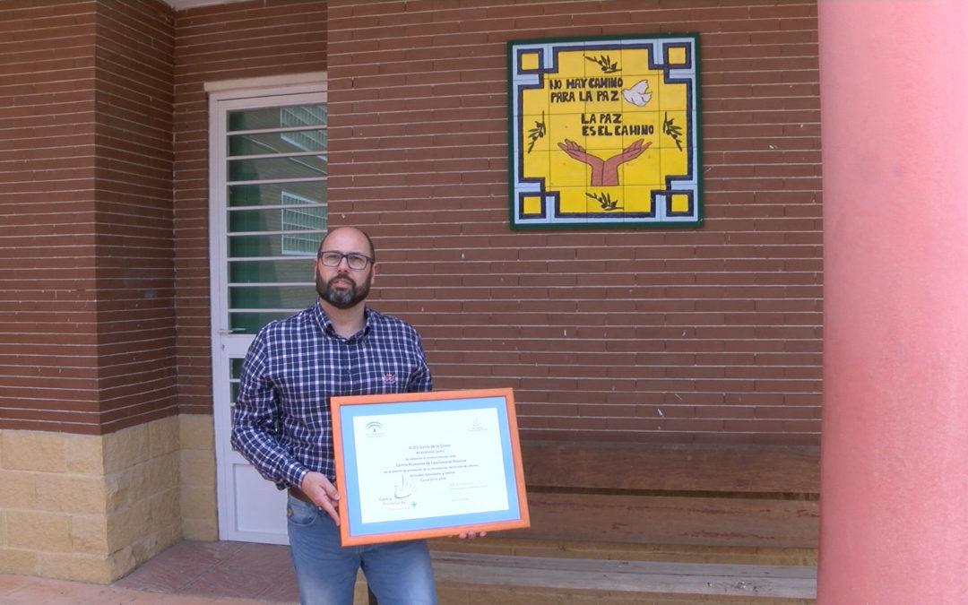 Reconocimiento al IES Sierra de la Grana por su labor en la educación sobre la paz y la igualdad