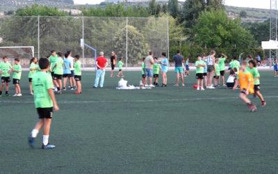 Loma de los Santos acoge un campus multideporte