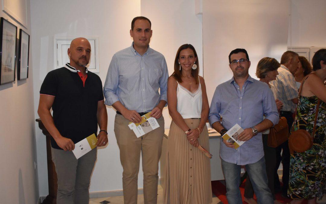 Inaugurada la exposición colectiva «Boligrafías y pinceladas»