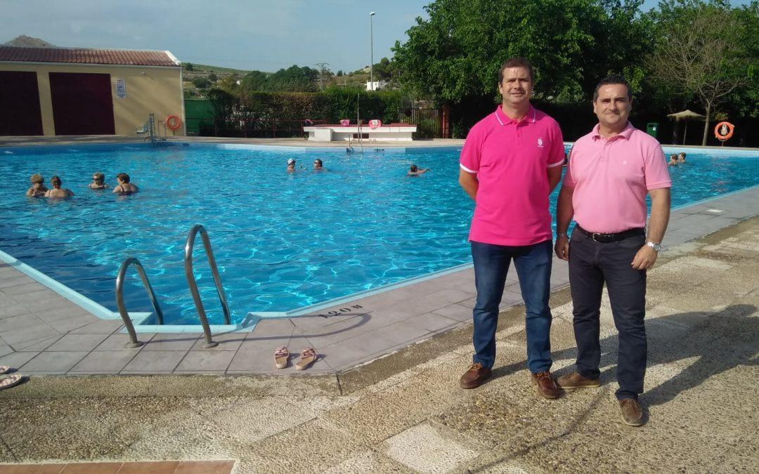 Cierre del curso de aquagym en la piscina de Torredonjimeno