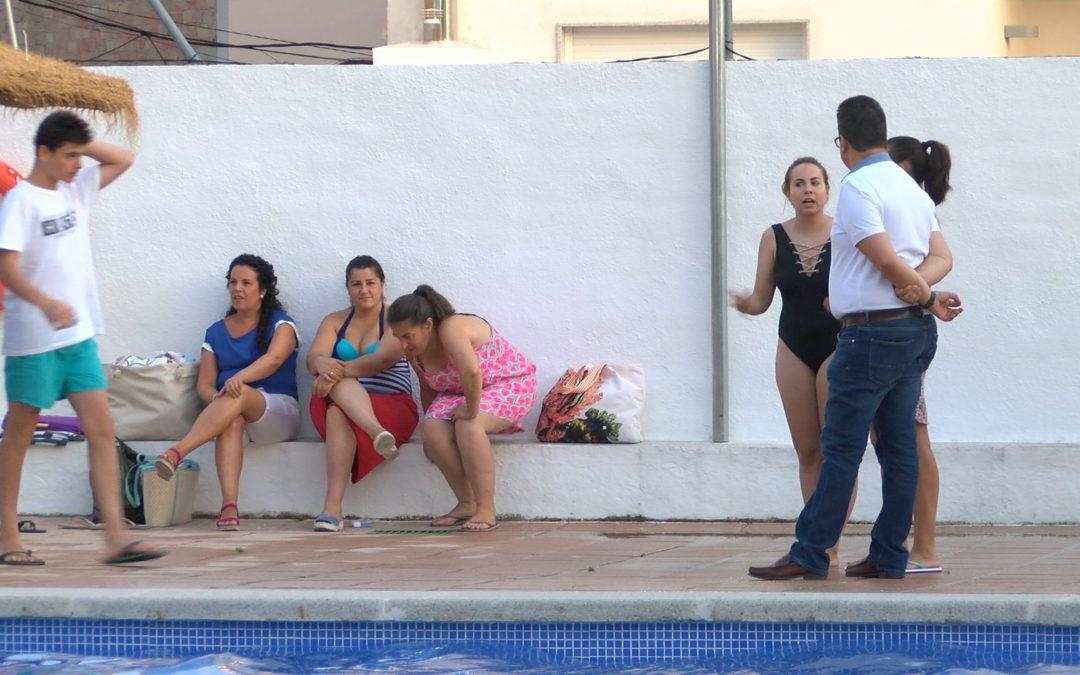Éxito de la primera noche de piscina en Jamilena