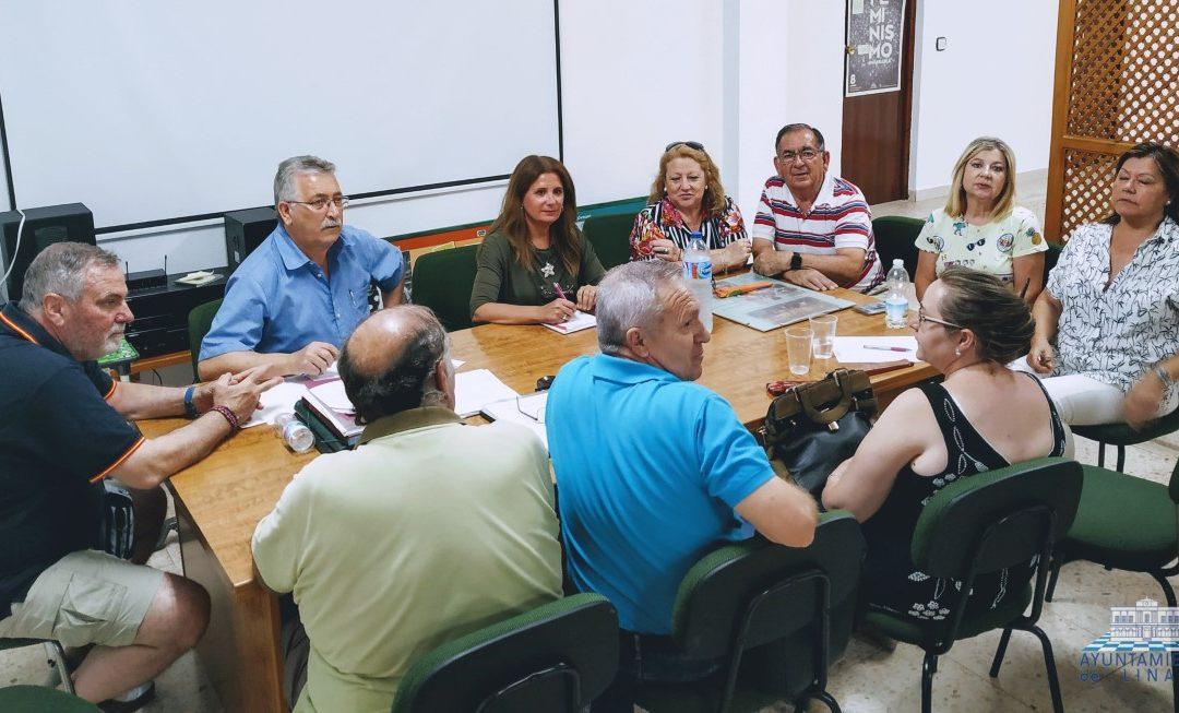 El Gobierno local dará más protagonismo a las asociaciones vecinales en la toma de decisiones