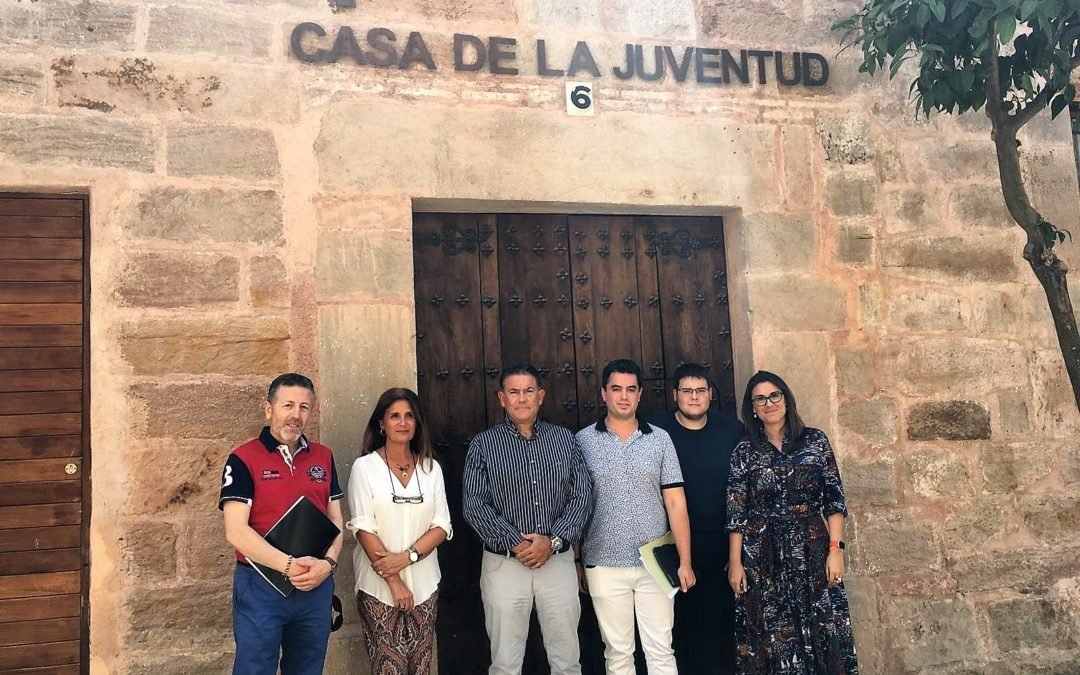 Colaboración institucional para abrir la Casa de la Juventud