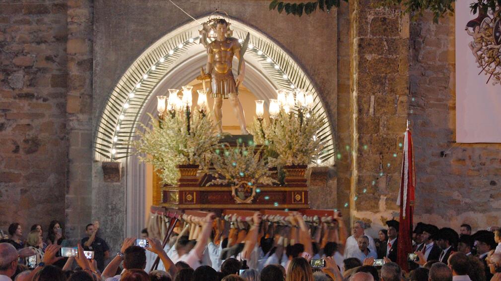 Fiestasantos: Tres años de interés turístico andaluz