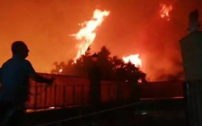 Peligroso incendio en la Carretera de la Cadena esta madrugada