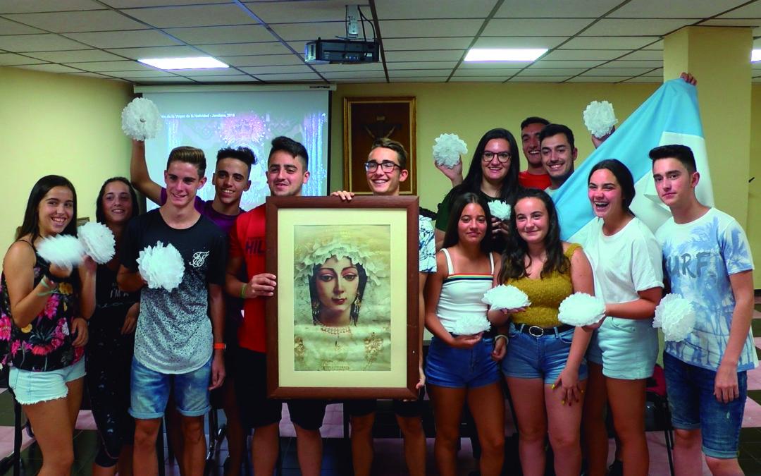 El Grupo Joven de la Parroquia engalanará Jamilena con más de 3.000 flores de papel
