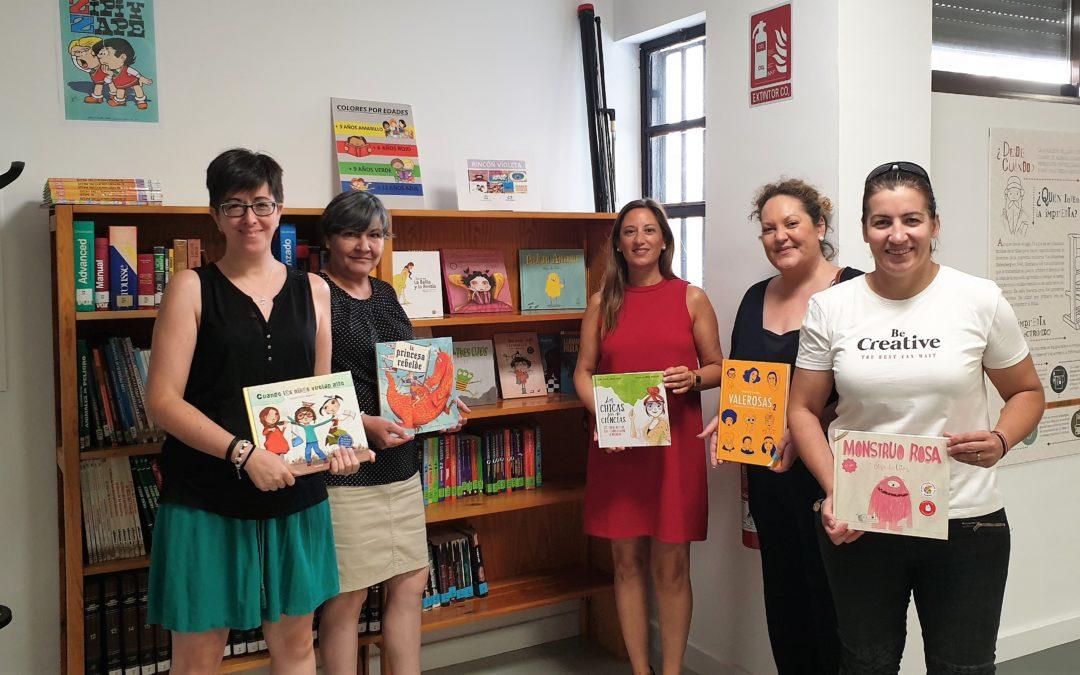 Fondo literario en femenino