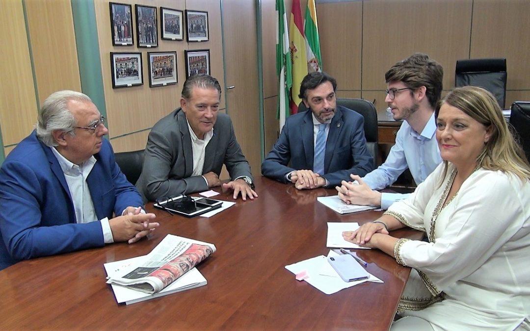 El Ayuntamiento y la Junta unen esfuerzos por el empleo