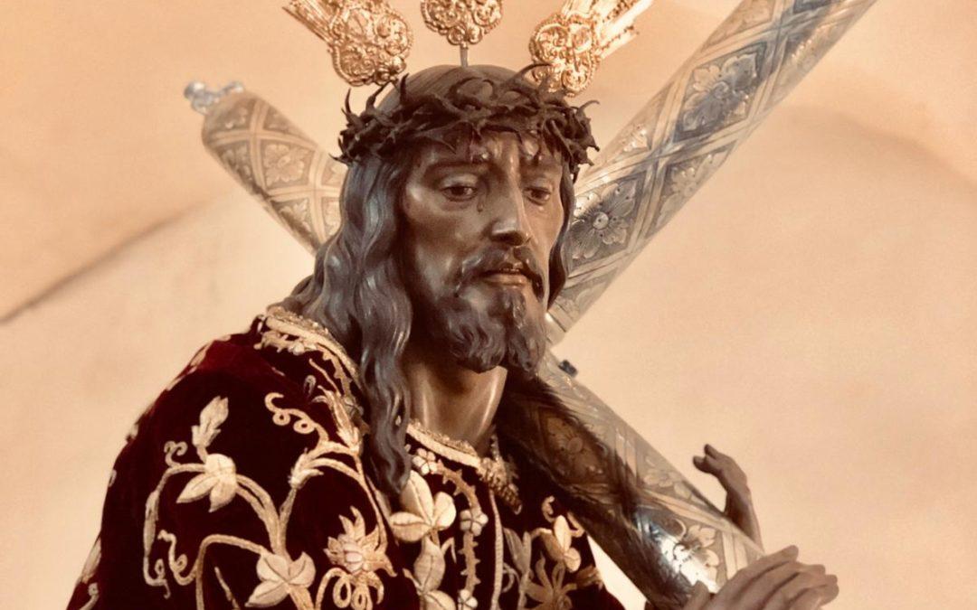 Nuestro Padre Jesús recorre las calles de su pueblo